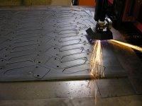 Plech ocel 10 mm - rychlost řezu 2,5 m/min